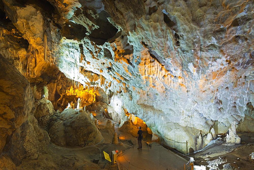 Limestone stalactites and stalagmites in Ballic Cave, near Tokat, Central Anatolia, Turkey, Asia Minor, Eurasia