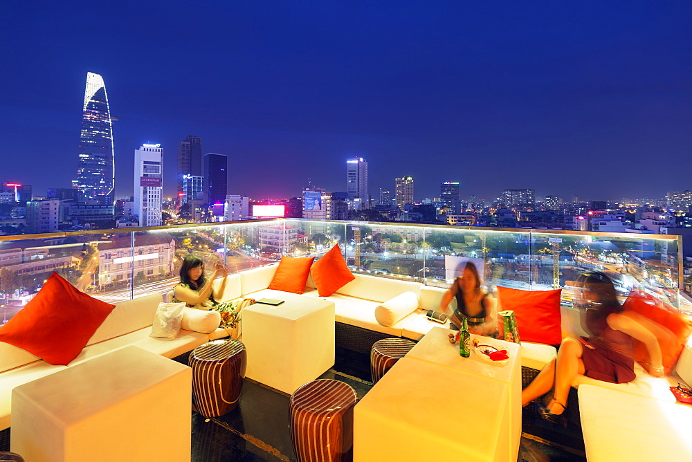 Rooftop bar at Silverland Central Hotel and Spa, Ho Chi Minh City (Saigon), Vietnam, Indochina, Southeast Asia, Asia
