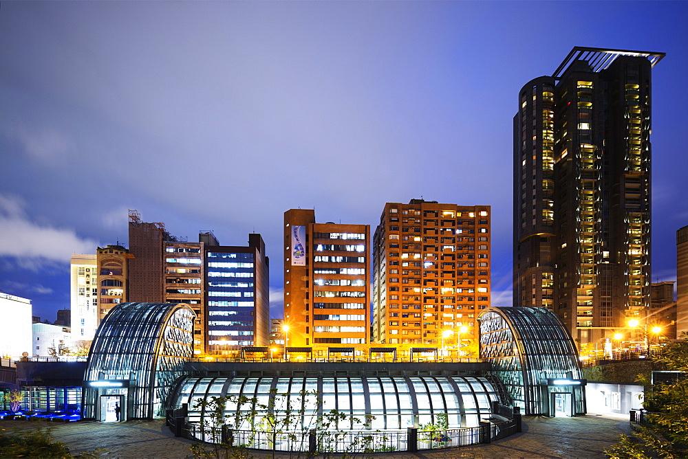 Daan Park subway station, Taipei, Taiwan, Asia