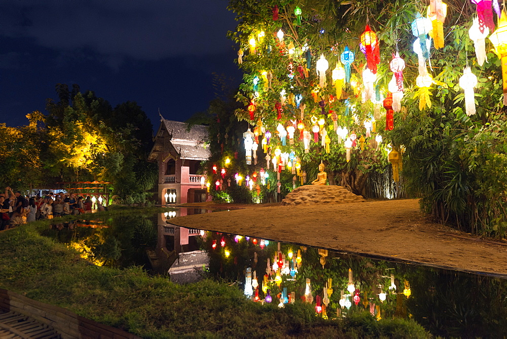 Loi Kratong festival of Lights, Wat Phan Tao Temple, Chiang Mai, Thailand, Southeast Asia, Asia
