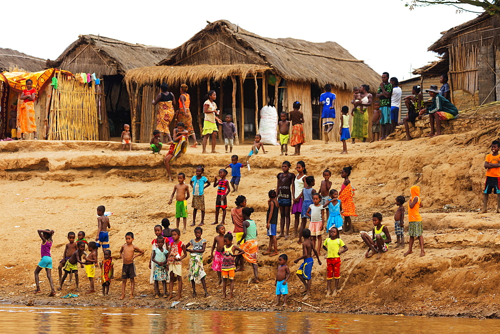 Village people, Tsiribihina River, western area, Madagascar, Africa