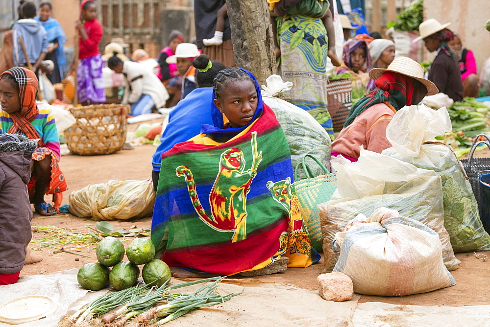 Vegetable sellers, Sendrisoa weekly market, near Ambalavao, central Madagascar, Africa