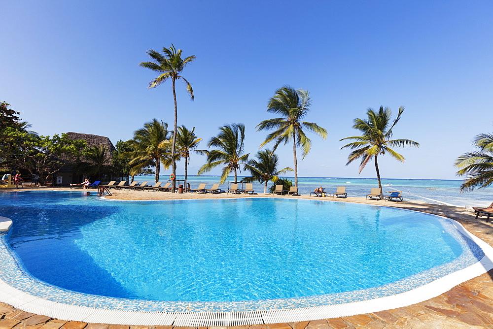 Karafuu Beach Resort swimming pool, Pingwe, Island of Zanzibar, Tanzania, East Africa, Africa