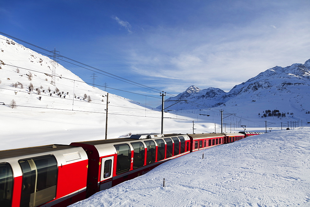 Europe, Switzerland, Engadine, Unesco, Rhaetian Railway near Albula Bernina pass