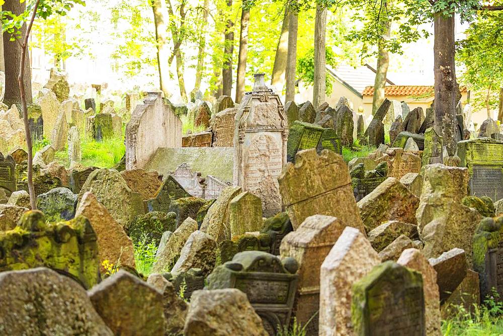 Jewish Cemetery, Prague, UNESCO World Heritage Site, Bohemia, Czech Republic, Europe