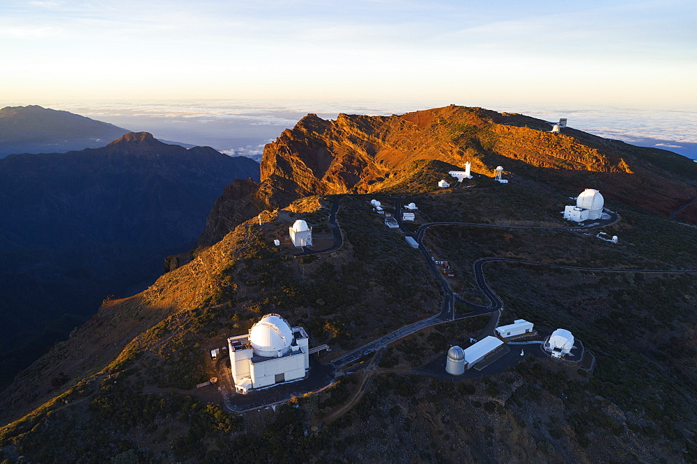Europe, Spain, Canary Islands, La Palma, Unesco Biosphere site, aerial view of telescope observatory near National Park Caldera de Taburiente - 733-8439