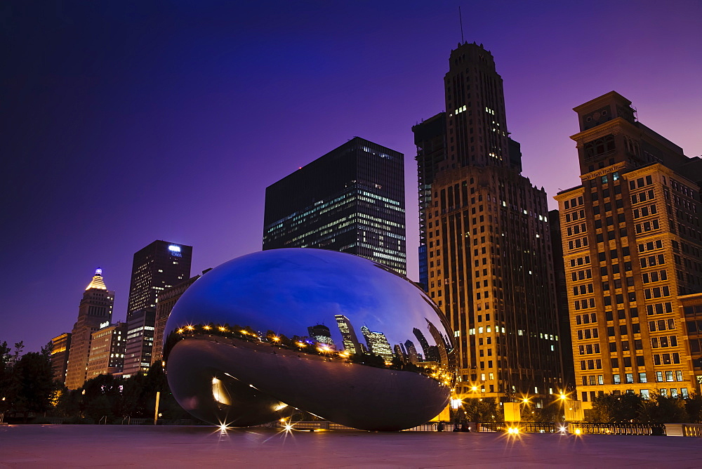 Cloud Gate by Anish Kapoor, Chicago, Illinois, United States of America, North America - 734-137
