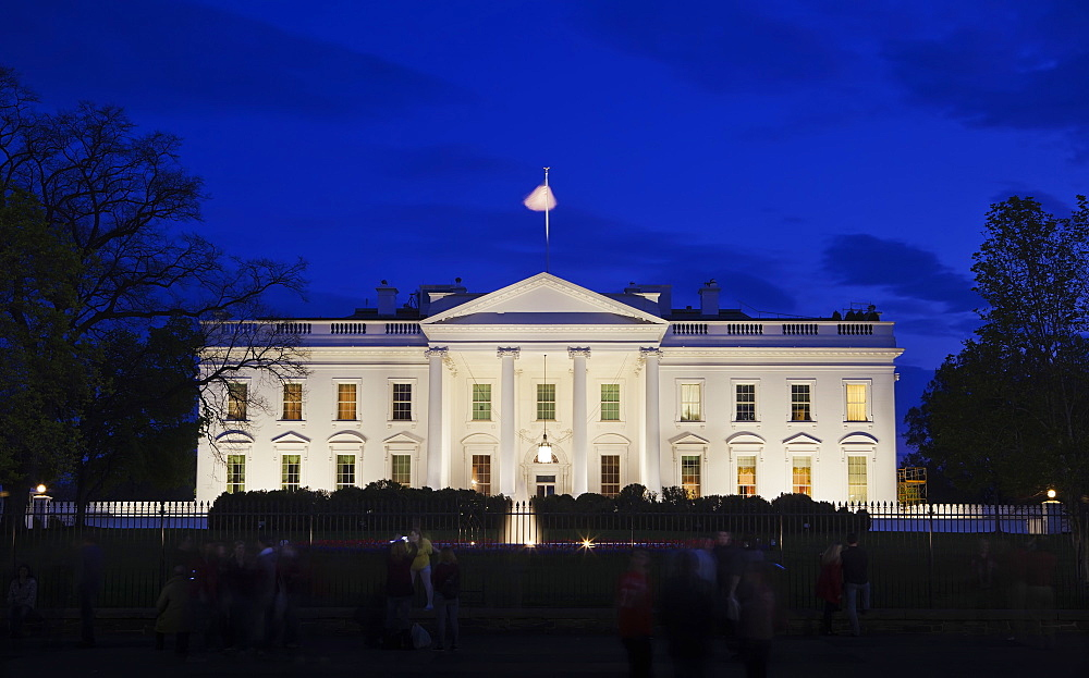 The White House at night with tourists, Washington D.C., United States of America, North America - 734-242