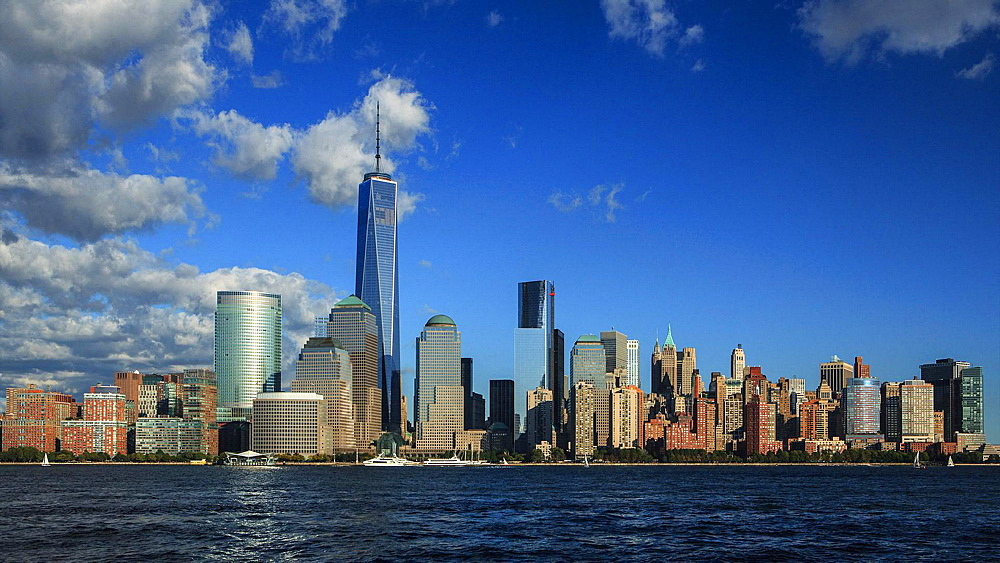 Manhattan skyline with new World Trade Centre Tower, New York, USA (4K Time Lapse)  - 734-260