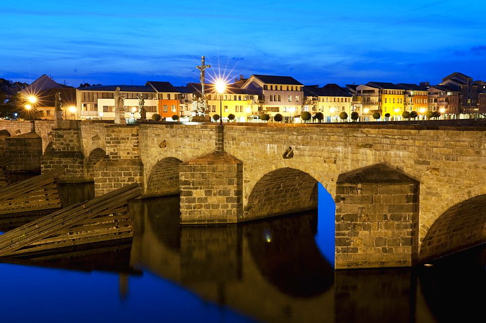 River Otata and Kamenny Most, the oldest Gothic stone bridge in Czech Republic during twilight, Pisek, Budejovicko, Czech Republic, Europe - 737-652