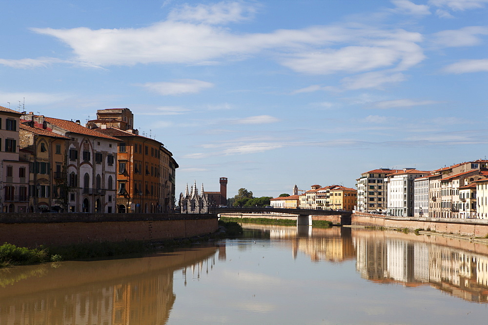View of the Arno River, Pisa, Tuscany, Italy, Europe