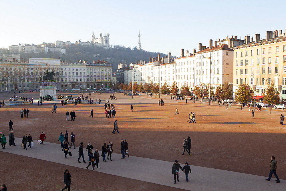 Place Bellecour, Lyon, Rhone-Alpes, France, Europe