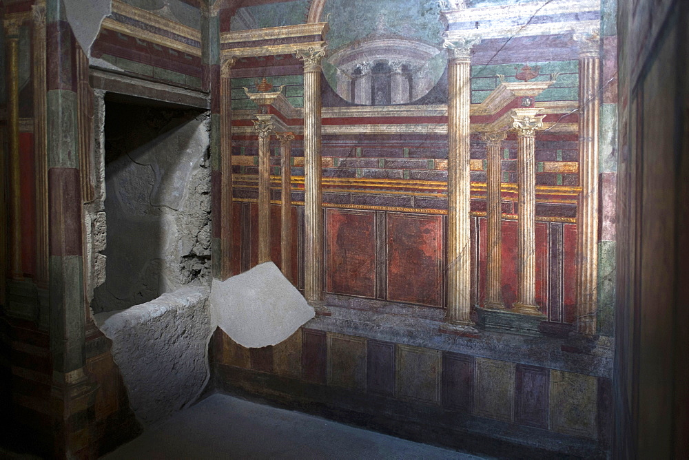 Geometric frescoes of the Cubicola in the Villa dei Misteri, Pompeii, UNESCO World Heritage Site, Campania, Italy, Europe - 739-1335