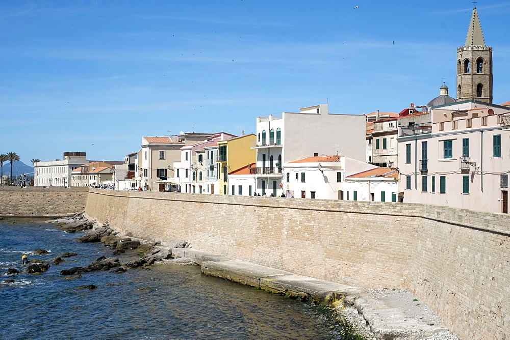 The sea promenade of Alghero, Sardinia, Italy, Mediterranean, Europe
