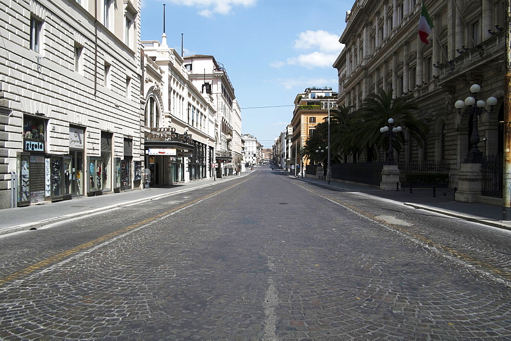 Via Nazionale, deserted due to the 2020 Covid-19 lockdown restrictions, Rome, Lazio, Italy, Europe - 739-1410