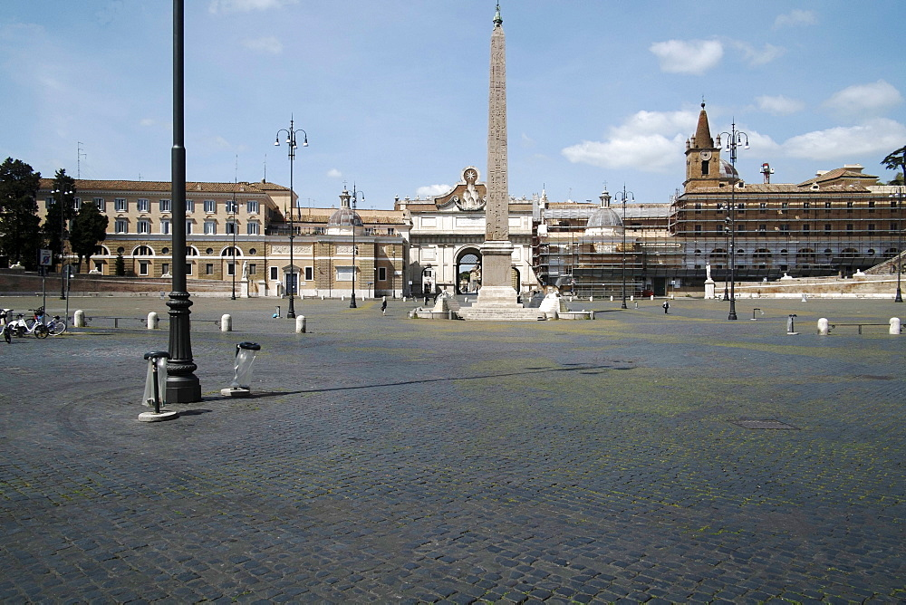 Piazza del Popolo, deserted due to the 2020 Covid-19 lockdown restrictions, Rome, Lazio, Italy, Europe