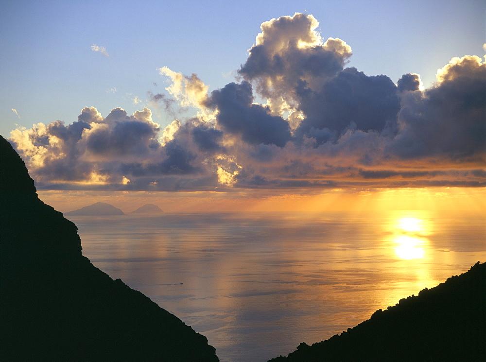 Sunset, Stromboli Island, Eolian Islands (Aeolian Islands), UNESCO World Heritage Site, Italy, Mediterranean, Europe