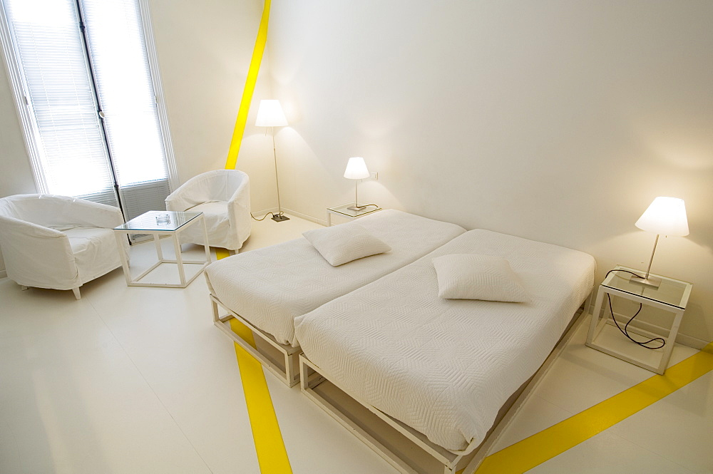 Hotel Windsor, Rue Dalpozzo, Nice, Alpes Maritimes, Provence, Cote d'Azur, French Riviera, France, Europe - 741-2149