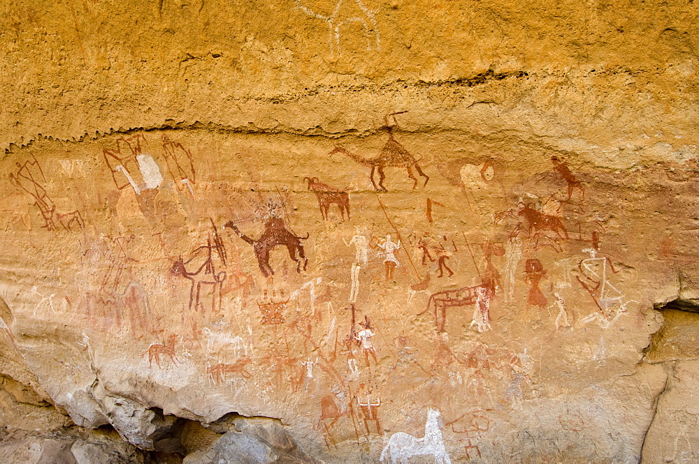 Prehistoric rock paintings, Akakus, Sahara desert, Fezzan, Libya, North Africa, Africa