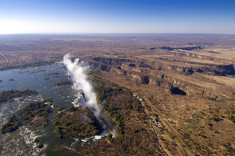 Victoria Falls, UNESCO World Heritage Site, Zambesi River, on the border of Zambia and Zimbabwe, Africa