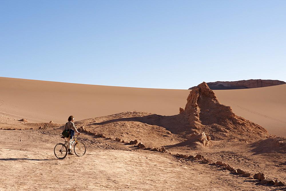 Valle de la Luna (Valley of the Moon), Atacama Desert, Chile, South America