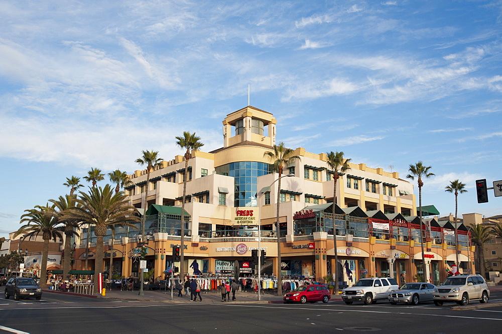 Main Street, Huntington Beach, California, United States of America, North America