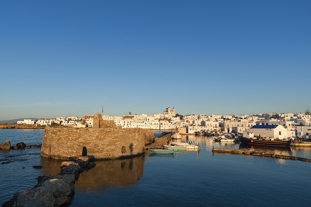 Venetian castle, Naousa, Paros island, Southern Aegean sea, Cyclades, Greek Islands, Greece, Europe