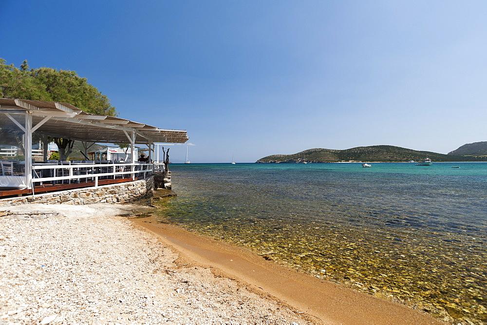 Captain Pipinos Tavern in Agios Georgios, Antiparos island, Southern Aegean sea, Cyclades, Greek Islands, Greece, Europe