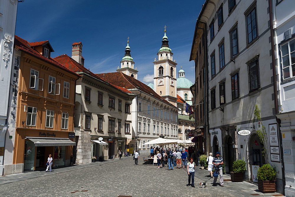 Buildings in Town Square and the Cathedral of Saint Nicholas in the background, Ljubljana, Slovenia, Europe - 741-5464