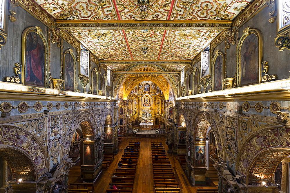 The Monastery of San Francisco, Ecuador's oldest church, founded in 1534, the church, UNESCO World Heritage Site, Quito, Ecuador, South America - 741-5637