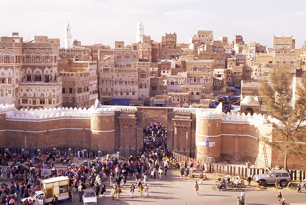 Bab al Yemen, Old Town, Sana'a, UNESCO World Heritage Site, Republic of Yemen, Middle East