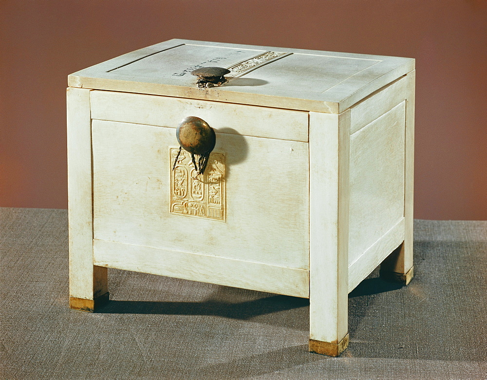 Ivory jewel chest from the tomb of the pharaoh Tutankhamun, discovered in the Valley of the Kings, Thebes, Egypt, North Africa, Africa