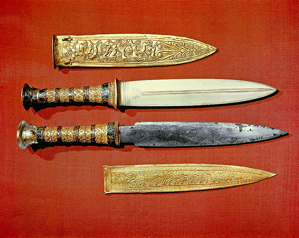 The king's two daggers, one with a blade of gold, the other of iron, from the tomb of the pharaoh Tutankhamun, discovered in the Valley of the Kings, Thebes, Egypt, North Africa, Africa