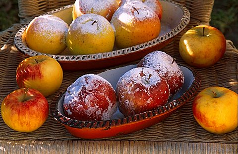 Roast apples, Italy