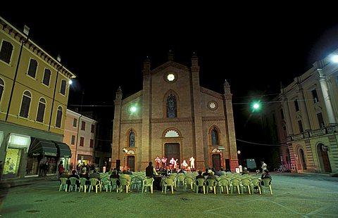 Foreshortening, Mirandola, Emilia Romagna, Italy