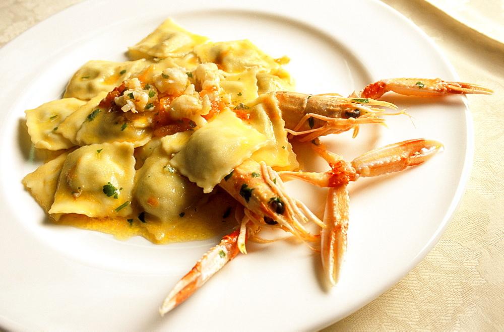 Ravioli of sea bass with crawfish, Ippogrifo restaurant, Genoa, Ligury, Italy