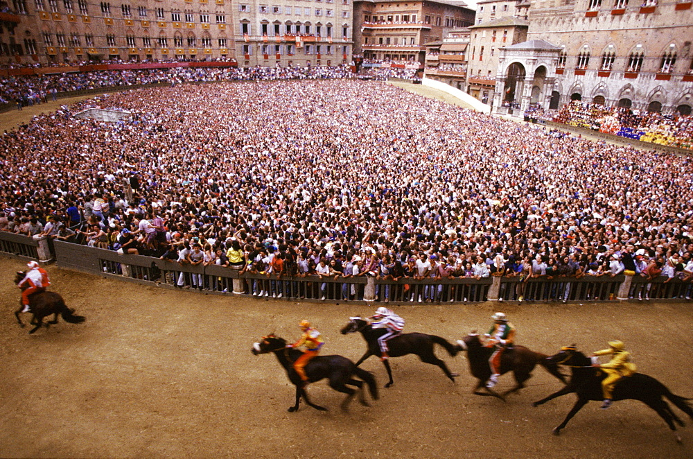 Piazza del Campo during the Palio, Siena, Tuscany, Italy  - 746-27770