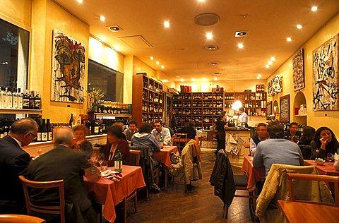 La Cantina di Manuela winebar, Milan, Lombardy, Italy.