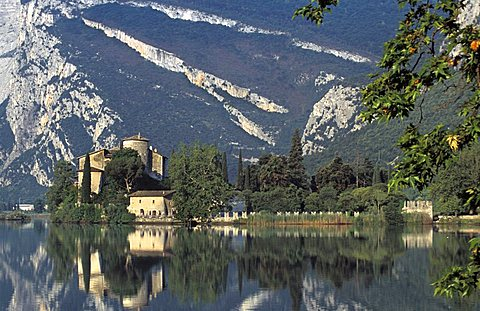 Lake and castle, Toblino, Trentino Alto-Adige, Italy