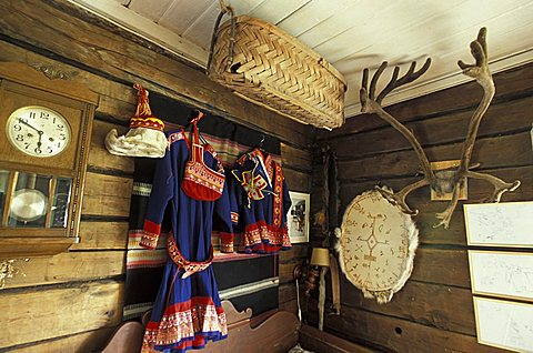 Traditional clothes, Sammuntupa (ancient farm), Levi, Lappland, Finland, Europe