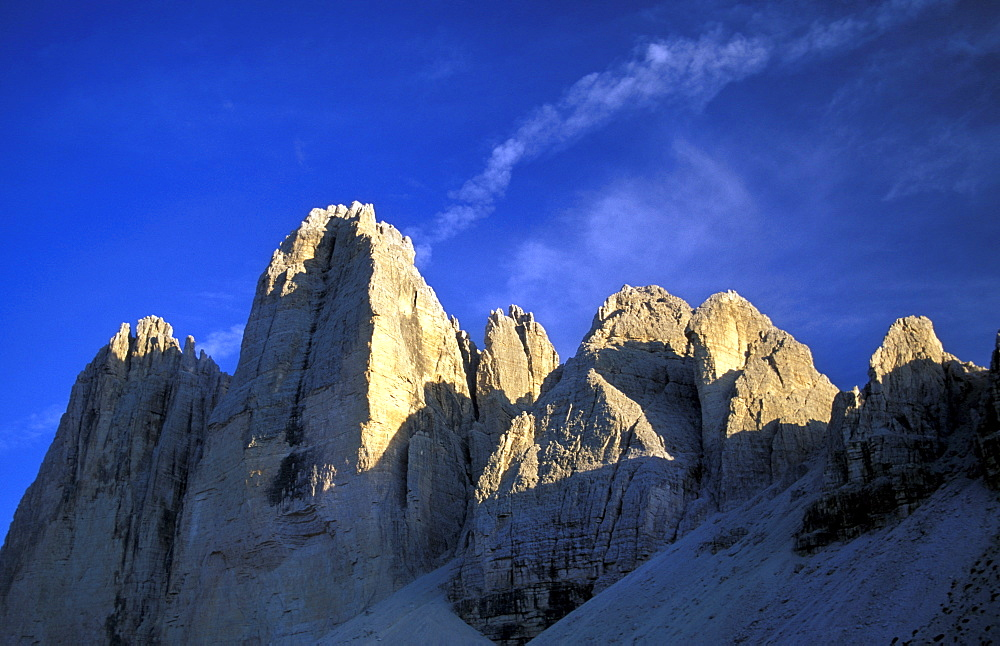 Tre Cime di Lavaredo peaks, Dolomiti mountains, Veneto, Italy