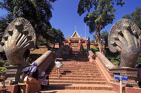 Wat Phnom temple, Phnom Penh, Cambodia, Indochina, Southeast Asia, Asia