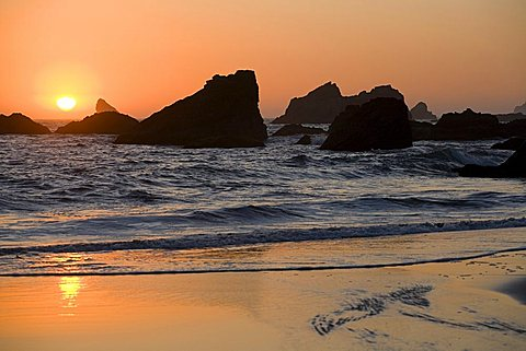 Beach at sunset, Brookings, Oregon, United States of America (U.S.A.), North America