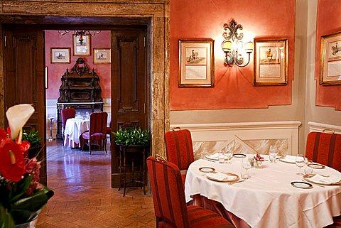 Restaurant, Grand Hotel Continental, Siena, Tuscany, Italy