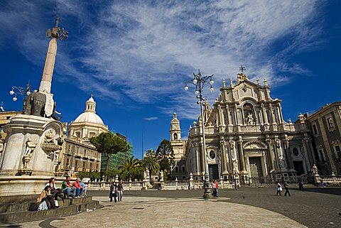 Fountain of the elephant, Duomo square, Catania, Sicily, Italy, Europe