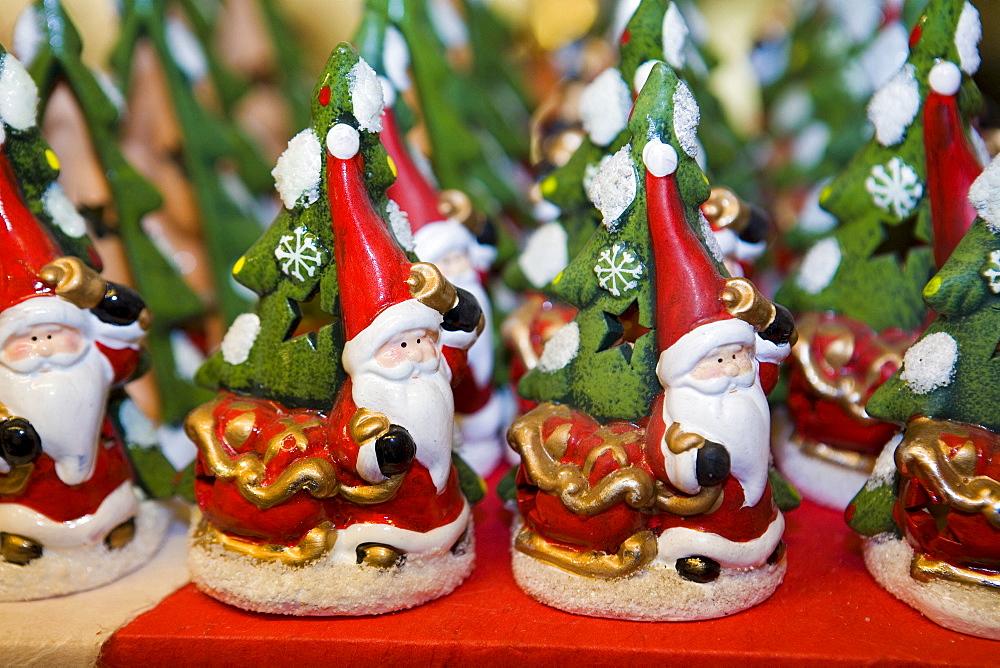 Native Village Flover Christmas Market, Bussolengo, Veneto, Italy - 746-54179