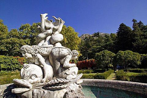 giardino del Castello di Villa d'Ayala  Valva - valle del fiune Sele - Salerno - Campania