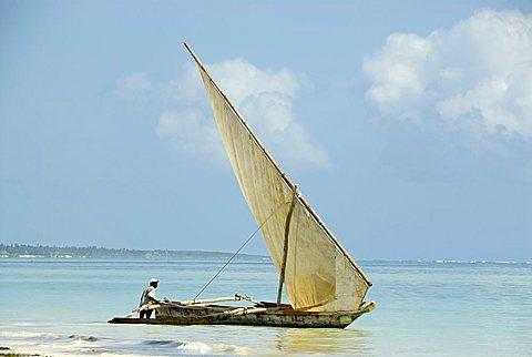 Traditional fishing boat, Zanzibar, United Republic of Tanzania, Africa