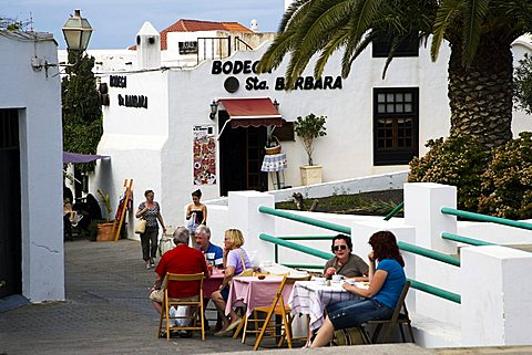 Sunday market day in Teguise old town, Lanzarote, Canary Islands, Spain