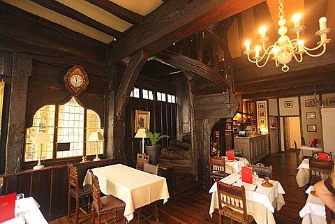 La Mère Pourcel restaurant, Dinan, Côtes-d'Armor department, Bretagne, France, Europe